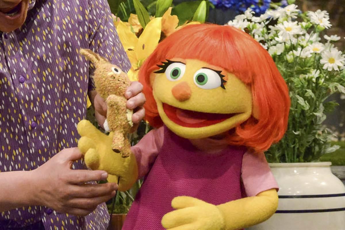 """Ea este Julia, primul muppet cu autism din """"Sesame Street""""!"""